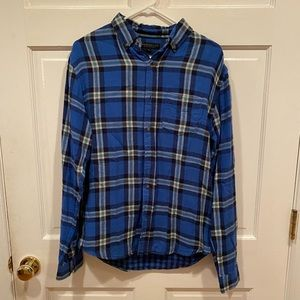 AEROPOSTALE Blue Flannel Button up Shirt small